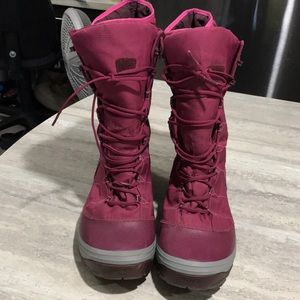 Teva Thinsulate Boots